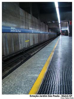 Estação de Metrô Jardim São Paulo Linha 1 Azul em Santana - SP ... 315920ce0a